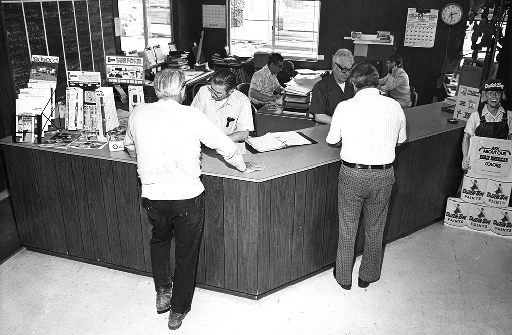 Historical photo of customers at Big Creek Lumber